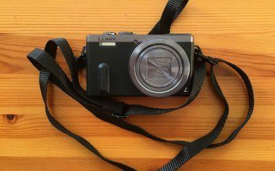 kompaktný fotoaparát
