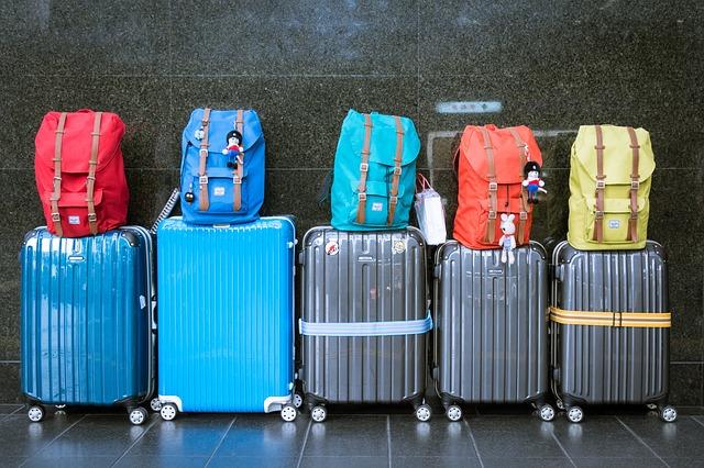 Vyberáme cestovný kufor – Recenzie 10 najlepších