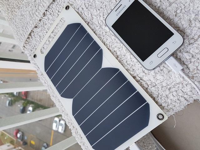 Vyberáme solárnu nabíjačku – Recenzie 10 najlepších